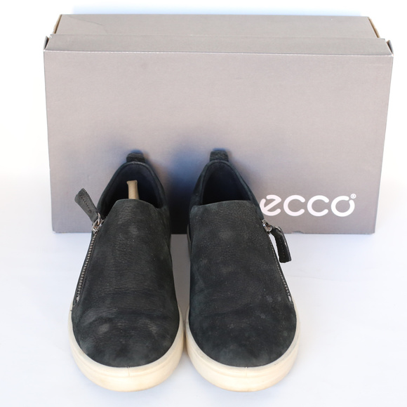 5ed3b62168 ECCO Women's Fara Zip Fashion Sneaker Black Nubuck